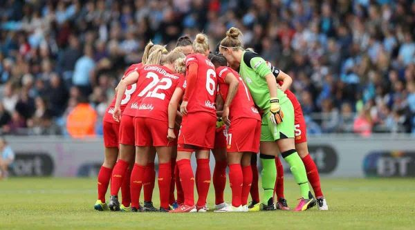 Liverpool Ladies huddle before the WSL match at The Academy Stadium. (Photo: Lynne Cameron/Sportimage via PA Images)