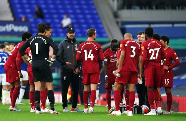 Liverpool manager Jurgen Klopp (centre left) speaks to his players during a drinks break in the Premier League match at Goodison Park, Liverpool. (Jon Super/NMC Pool/PA Wire/PA Images)