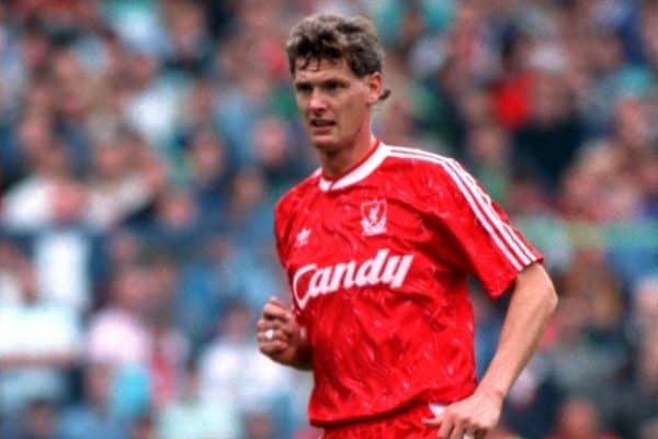 Gary Gillespie, Liverpool, 1990 (Neal Simpson/EMPICS Sport)