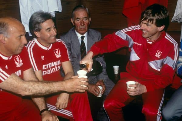 Ronnie Moran, Roy Evans, , Dalglish. Celebrate winning the title, 1988 (All Action/EMPICS Entertainment)