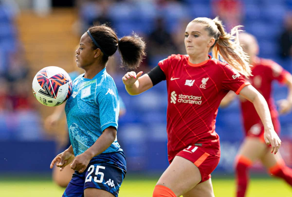 BIRKENHEAD, ENGLAND - Sunday, August 29, 2021: London City Lionesses Kenni Thompson and Liverpools' Melissa Lawley during the FA Women's Championship game between Liverpool FC Women and London City Lionesses FC at Prenton Park. (Pic by Paul Currie/Propaganda)
