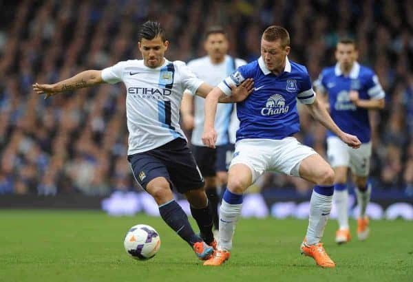 LIVERPOOL, ENGLAND - Saturday, May 3, 2014: Everton's James McCarthy in action against Manchester City's Sergio Aguero during the Premiership match at Goodison Park. (Pic by Chris Brunskill/Propaganda)