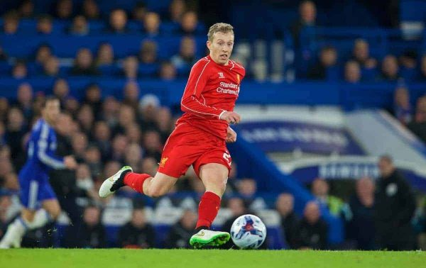 LONDON, ENGLAND - Tuesday, January 27, 2015: Liverpool's Lucas Leiva in action against Chelsea during the Football League Cup Semi-Final 2nd Leg match at Stamford Bridge. (Pic by David Rawcliffe/Propaganda)