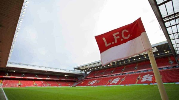 LIVERPOOL, ENGLAND - Saturday, January 31, 2015: A corner flag flutters in the wind at Anfield ahead of the Liverpool versus West Ham United Premier League match. (Pic by David Rawcliffe/Propaganda) [general view]