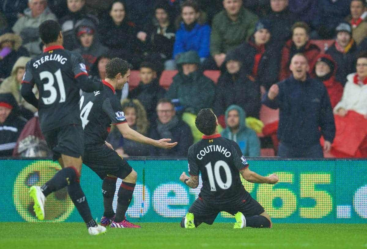 SOUTHAMPTON, ENGLAND - Sunday, February 22, 2015: Liverpool's Philippe Coutinho Correia celebrates scoring the first goal against Southampton during the FA Premier League match at St Mary's Stadium. (Pic by David Rawcliffe/Propaganda)
