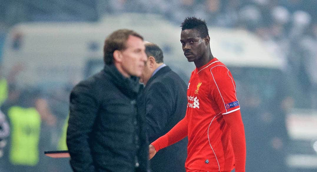 ISTANBUL, TURKEY - Thursday, February 26, 2015: Liverpool's Mario Balotelli walks past manager Brendan Rodgers as he is substituted against Besiktas JK during the UEFA Europa League Round of 32 2nd Leg match at the Ataturk Olympic Stadium. (Pic by David Rawcliffe/Propaganda)