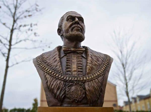 LIVERPOOL, ENGLAND - Friday, November 9, 2018: A newly installed bust of Liverpool Football Club's founder John Houlding, a sculpture by artist Tom Murphy, to celebrate the club's 125th anniversary, outside Anfield. (Pic by David Rawcliffe/Propaganda)