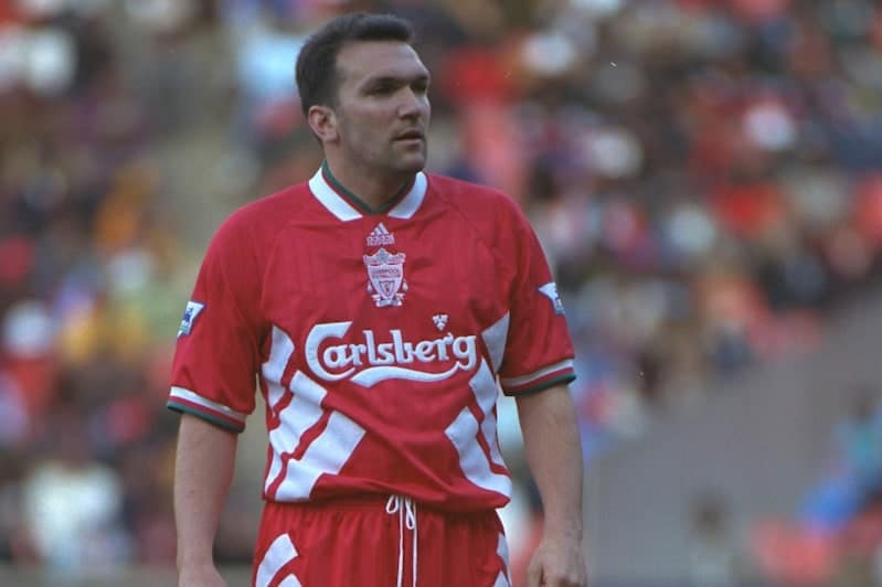 JOHANNESBURG, REPUBLIC OF SOUTH AFRICA - Sunday, May 29, 1994: Liverpool's Neil Ruddock during the United Bank Soccer Festival friendly match against the Iwisa Kaizer Chiefs at Ellis Park Stadium. (Pic by David Rawcliffe/Propaganda)