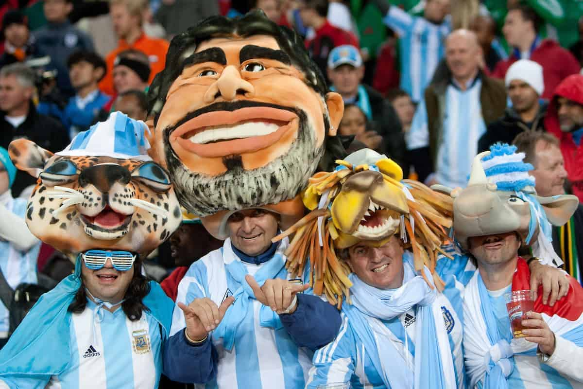27.06.2010, Soccer City Stadium, 27.06.2010, Soccer City Stadium, Johannesburg, RSA, FIFA WM 2010, Argentina (ARG) vs Mexico (MEX), im Bild Johannesburg, RSA, FIFA WM 2010, Argentina (ARG) vs Mexico (MEX), im Bild Fans of Argentina celebrate during the 2010 FIFA World Cup South Africa. EXPA Pictures © 2010, PhotoCredit: EXPA/ Sportida/ Vid Ponikvar +++ Slovenia OUT +++